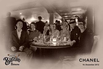 Weihnachtsfeier Chanel Vier Jahreszeiten Hamburg